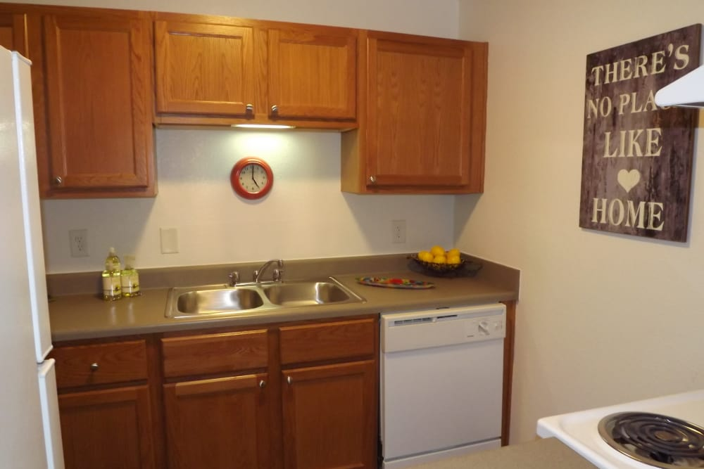 New renovated kitchen at Jackson Grove Apartment Homes in Hermitage, Tennessee