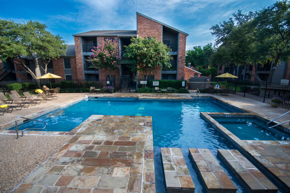 Beautifully designed pool area at Grayson Ridge in North Richland Hills, Texas