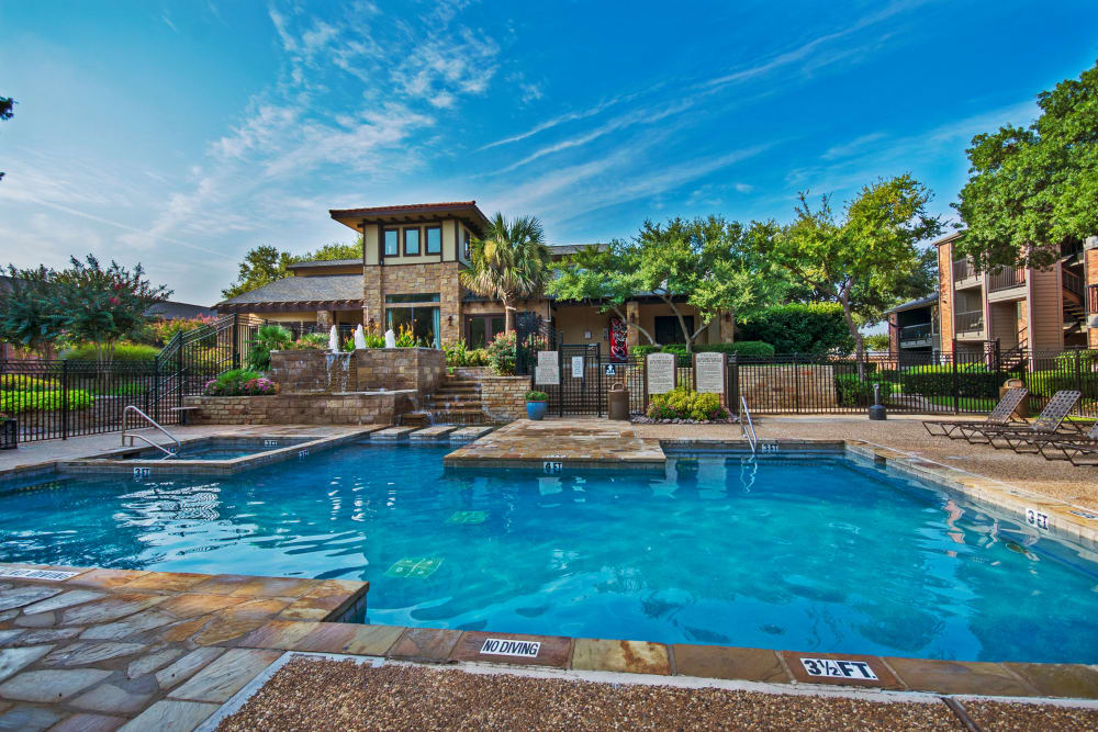 Gorgeous swimming pool area at Grayson Ridge in North Richland Hills, Texas