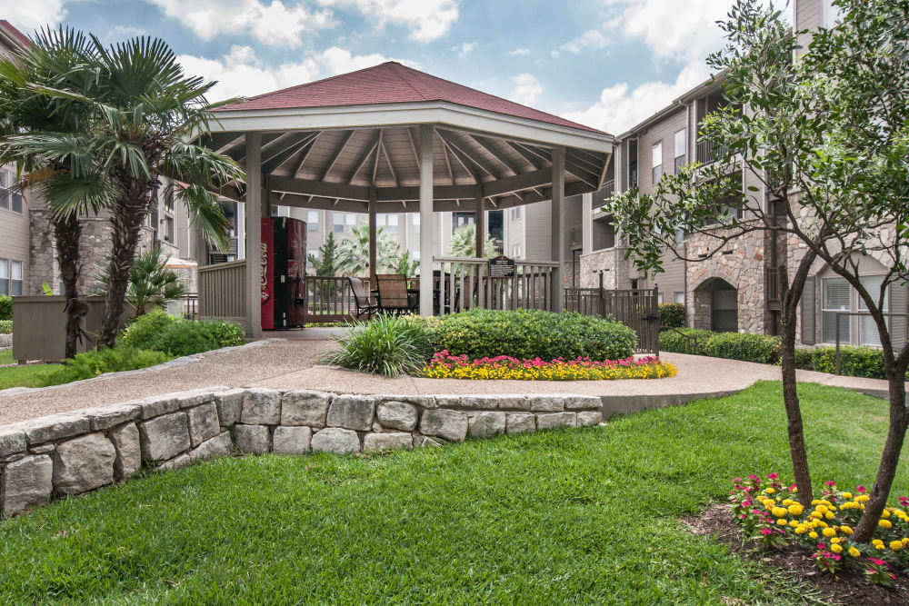 Gazebo and well-manicured landscaping at Rosemont at Olmos Park in San Antonio, Texas