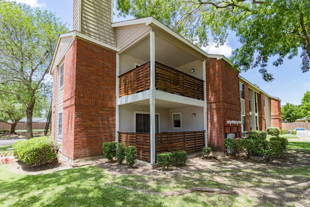 Exterior of Presidio Apartments in Allen, Texas