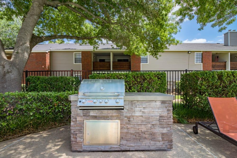 Outdoor grill at Presidio Apartments in Allen, Texas