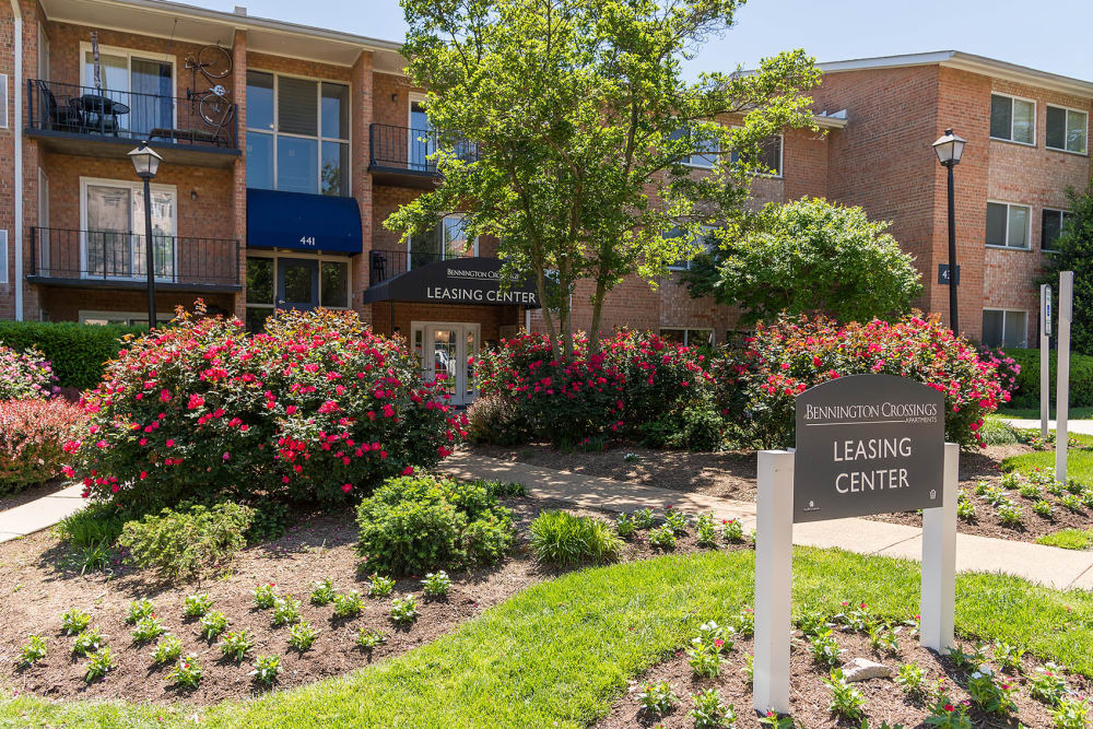 Exterior of leasing office at Bennington Crossings Apartment Homes in Alexandria, Virginia