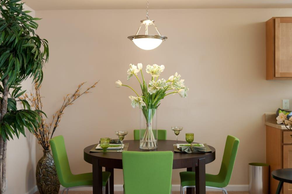 Beautiful dining room at Bennington Crossings Apartment Homes in Alexandria, Virginia