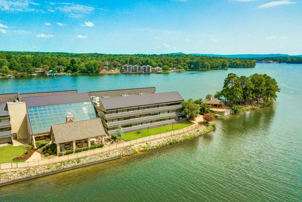 Aerial view of the exterior at The Atrium at Serenity Pointe in Hot Springs, Arkansas