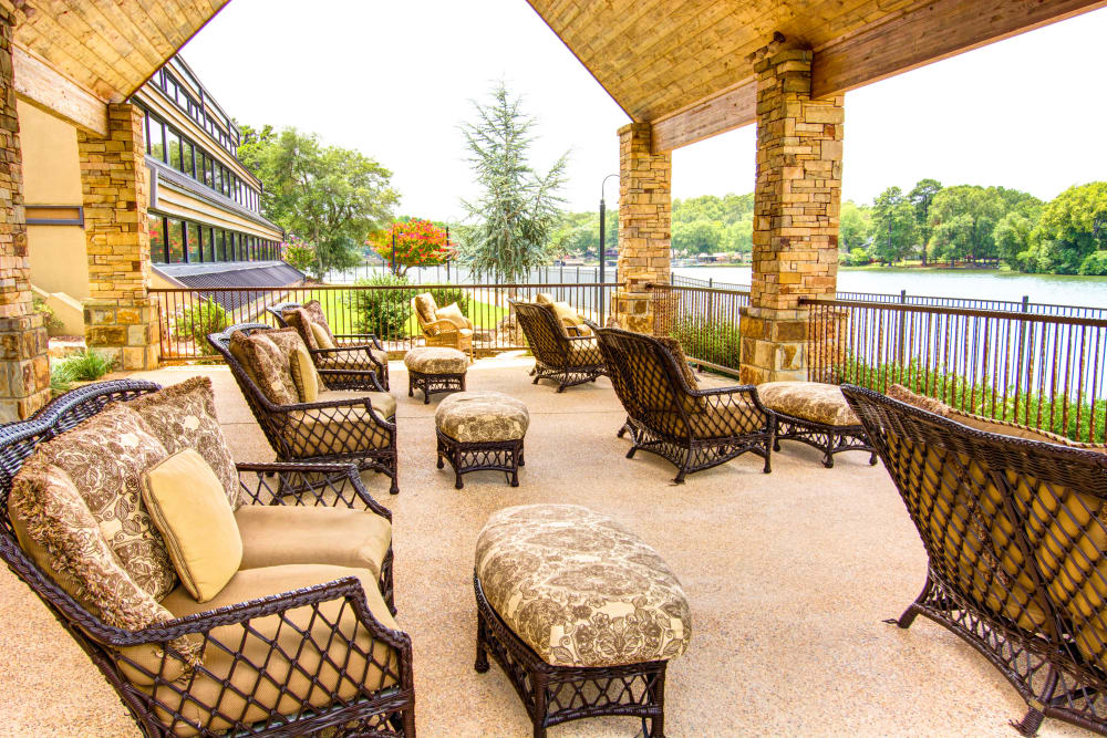 The Atrium at Serenity Pointe patio