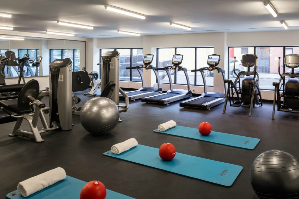 Fitness center at Eleven33 in Brooklyn, New York