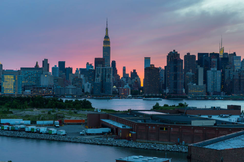 Brooklyn, New York skyline near Eleven33
