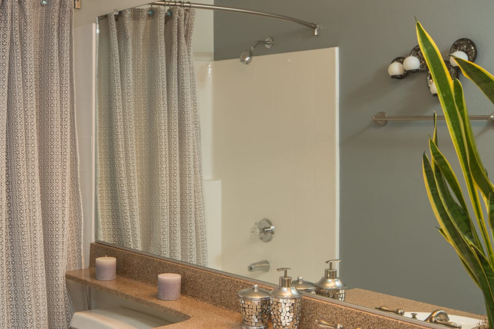 Clean bathroom at Paloma Summit Condominium Rentals in Foothill Ranch, California