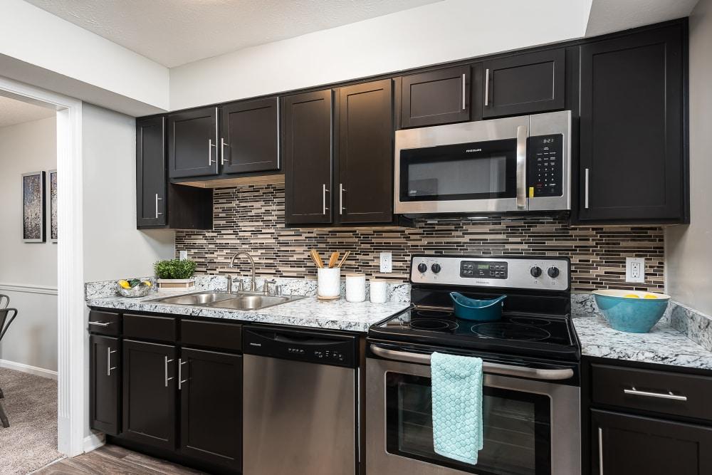 Modern kitchen at Park at Hurstbourne in Louisville, Kentucky