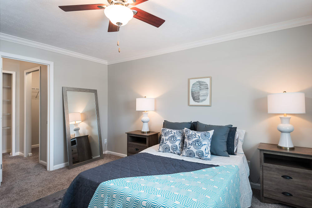 Spacious master bedroom at Park at Hurstbourne in Louisville, Kentucky
