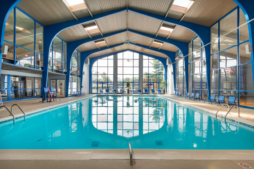 Park at Hurstbourne in Louisville, Kentucky showcase an indoor swimming pool