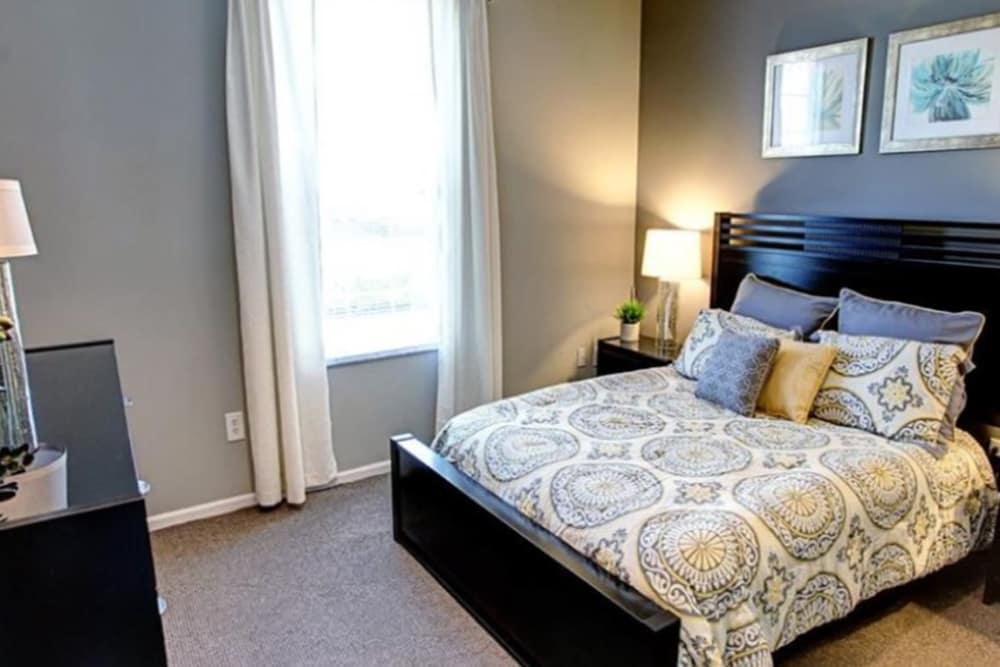 Cozy bedroom at College Park in Columbus, Ohio