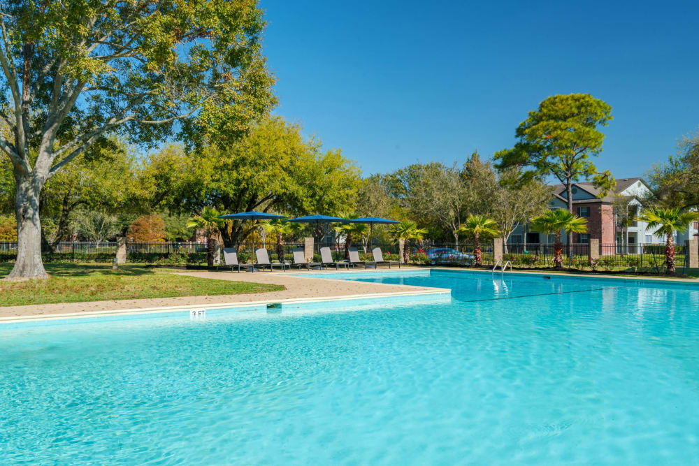 Enjoy Apartments with a Swimming Pool at Villages at Parktown Apartments