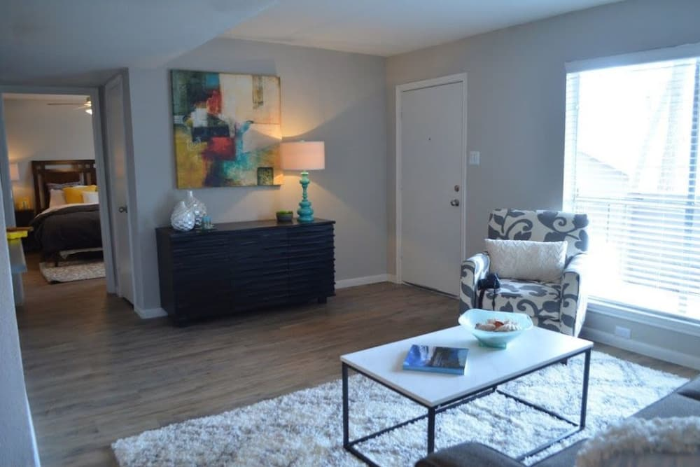 Spacious living room at Bayou Parc at Oak Forest in Houston, Texas