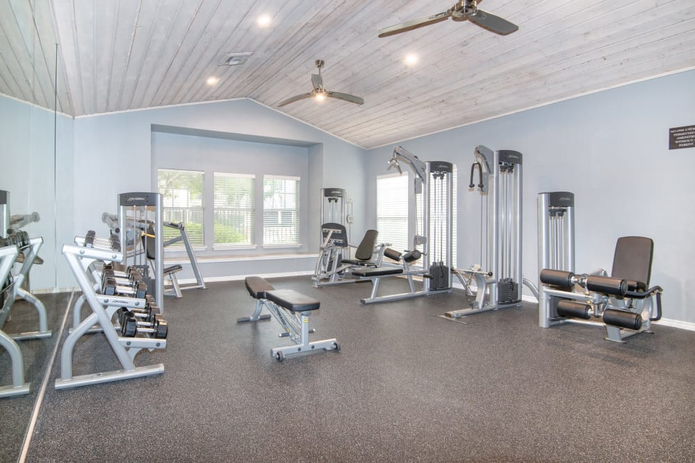 Fitness center at Rancho Palisades in Dallas, Texas.