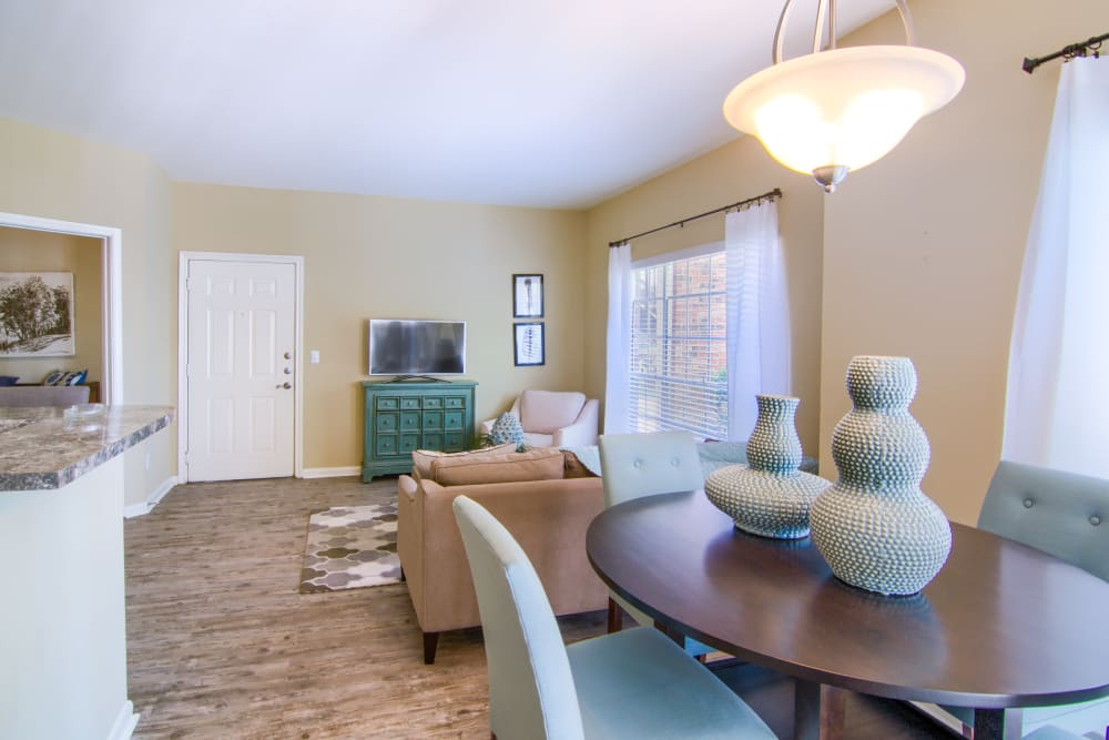 Open concept floor plans at The Lexington Apartment Homes in Biloxi, Mississippi