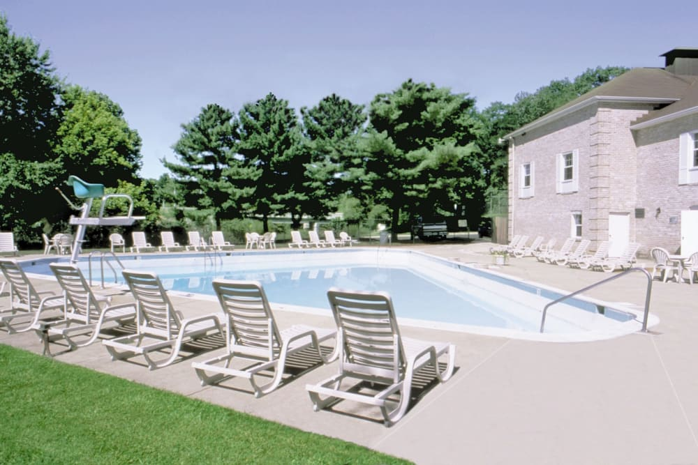 The Brittany Apartments offers a beautiful swimming pool in Pikesville, Maryland
