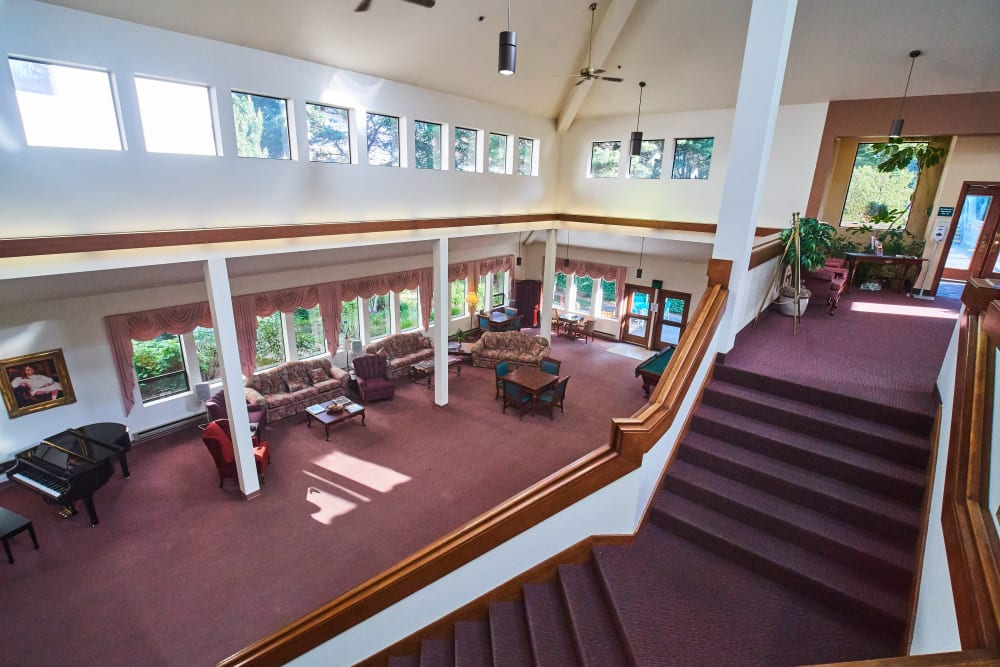 Lobby at Evergreen Court in North Bend, Oregon