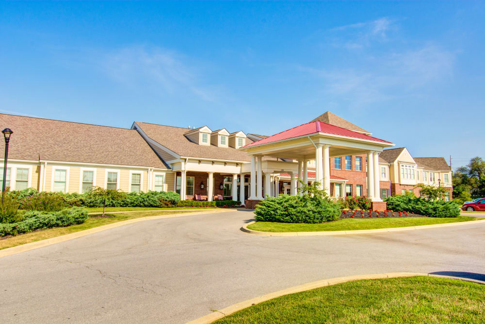 Symphony at Oaklawn Assisted Living and Memory Care in Louisville