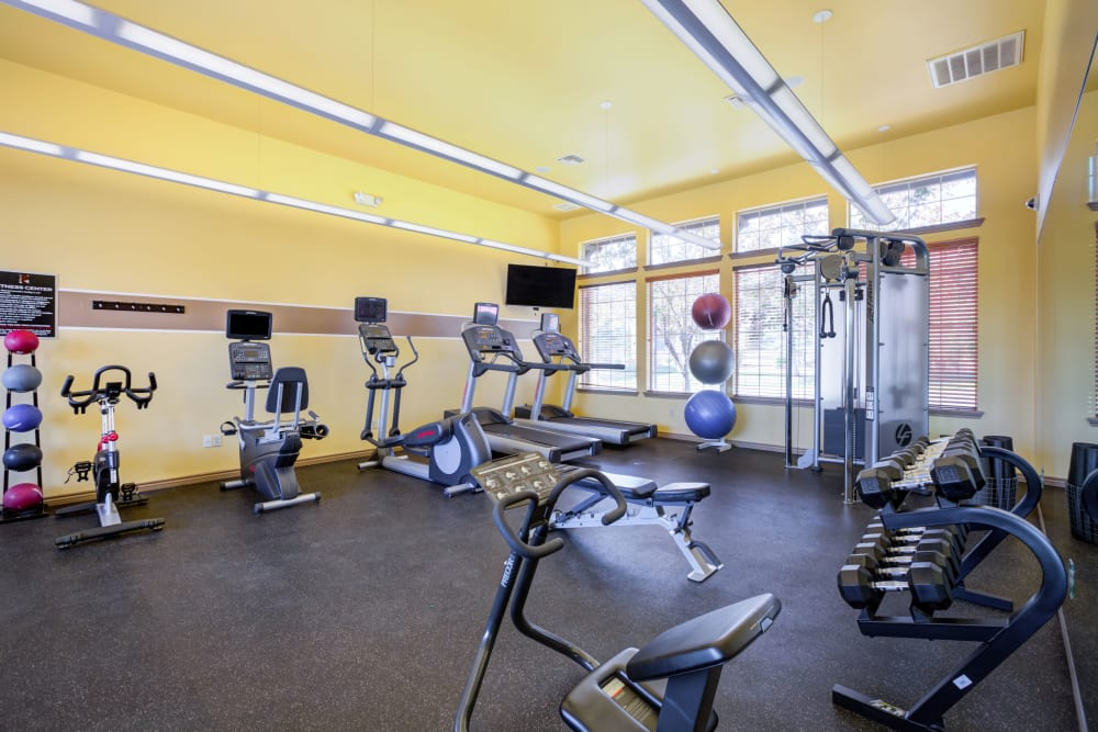 Enjoy Apartments with a Gym at Resort at University Park
