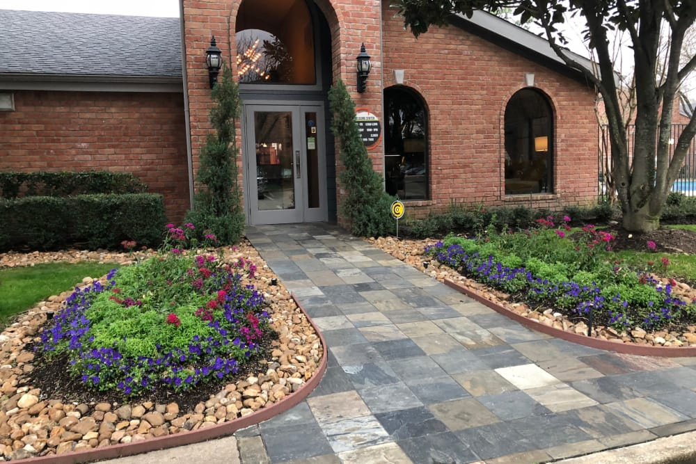 Entry to leasing office at Carmel Creek in Houston, Texas