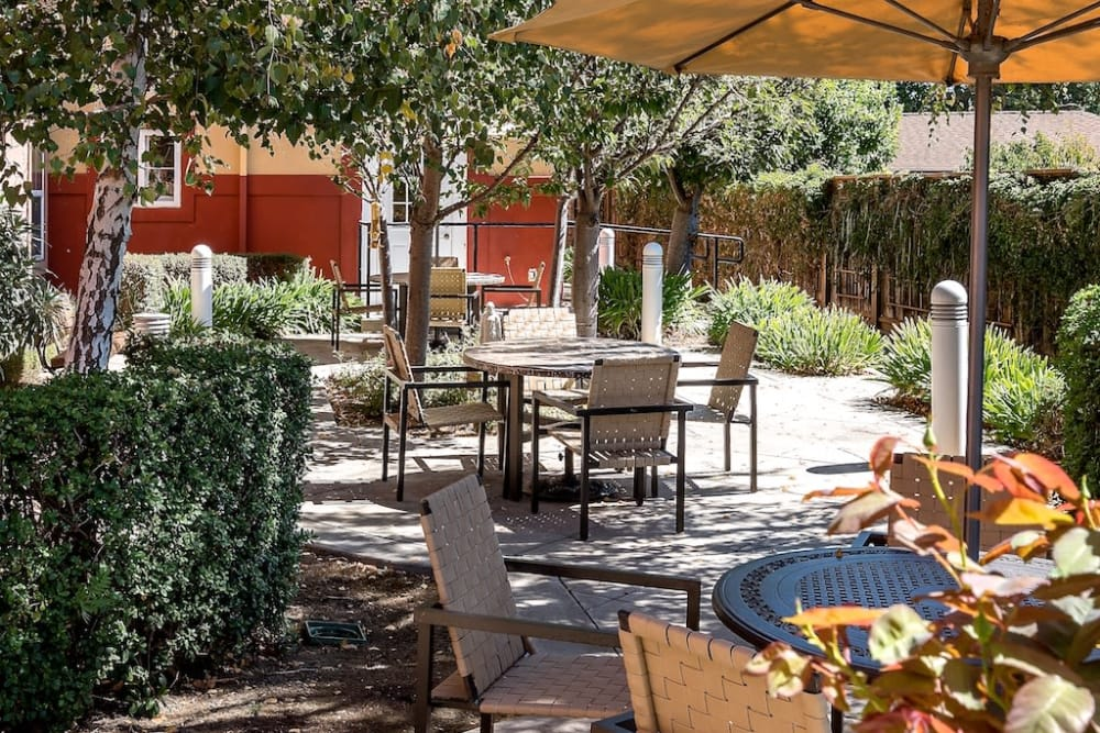 Senior living facility with a patio in Union City, California