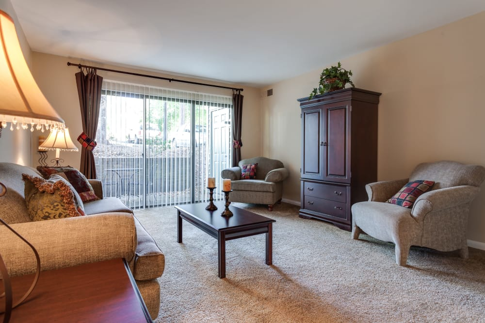Villages of Lake Boone Trail offers a spacious living room in Raleigh, North Carolina