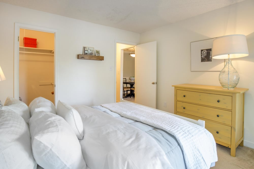 Copper Mill Apartments showcase a beautiful bedroom in Richmond, Virginia