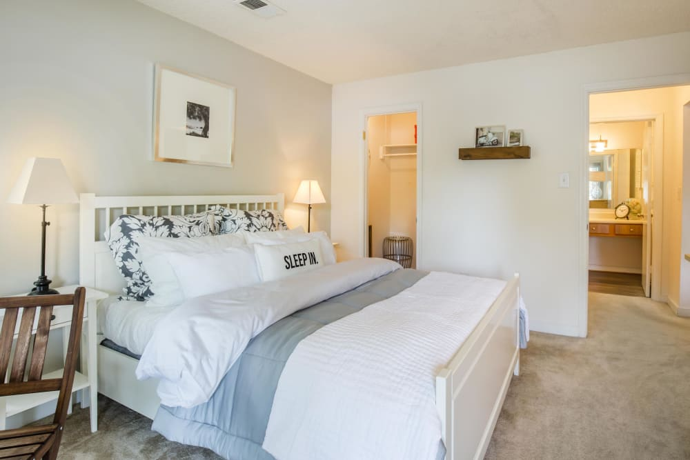 Copper Mill Apartments offers a cozy bedroom in Richmond, Virginia