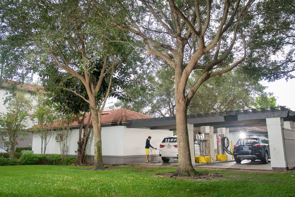 Our Apartments in Jupiter, Florida offer a Car Care Center