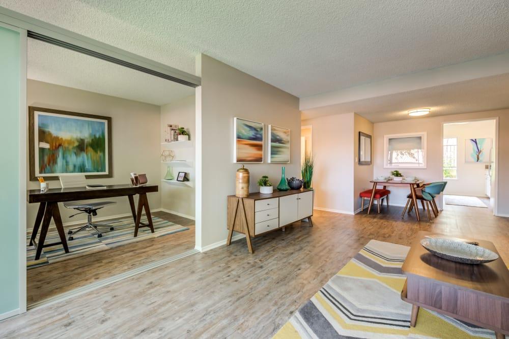 Modern interiors at Sofi Thousand Oaks in Thousand Oaks, California
