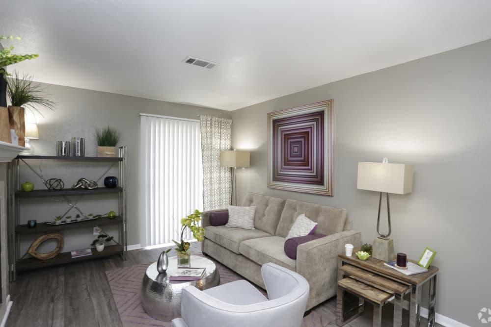 EnVue Apartments offers a spacious living room in Bryan, Texas