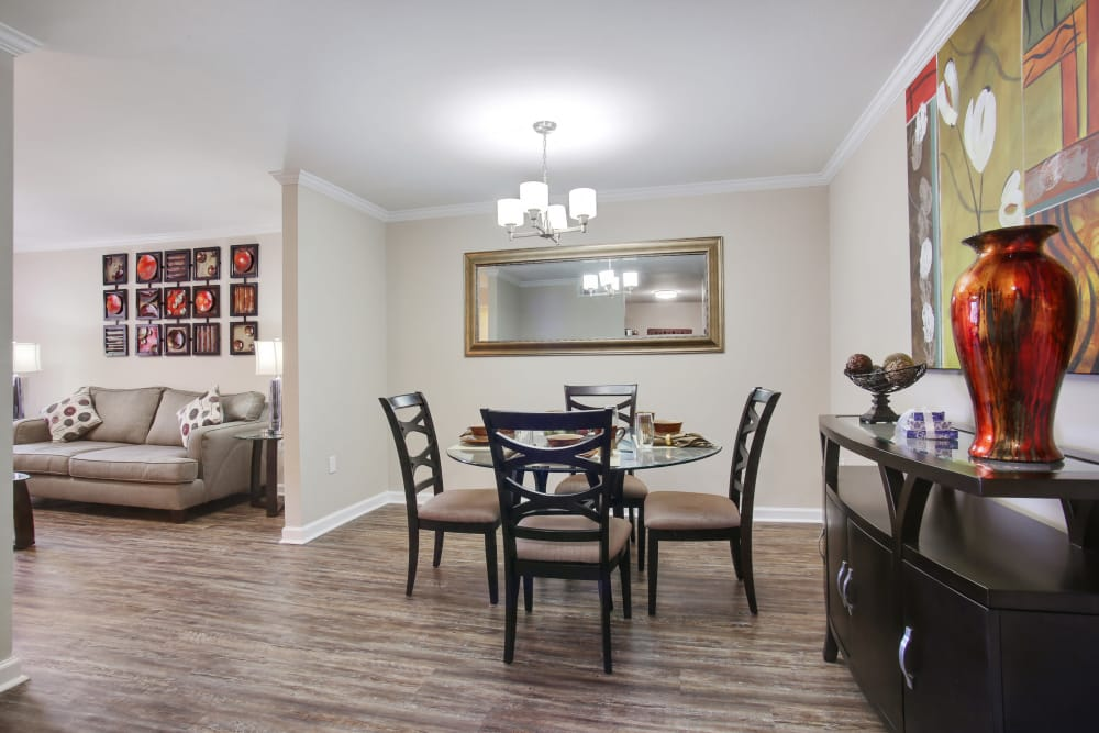 Dining room at Emerald Pointe Apartment Homes
