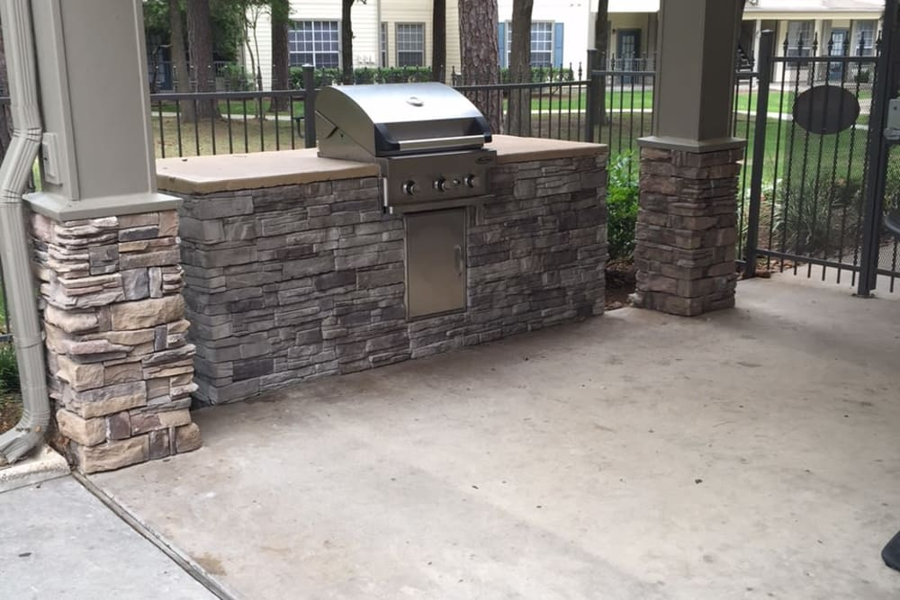 Parc @ Champion Forest offers a BBQ area in Houston, Texas
