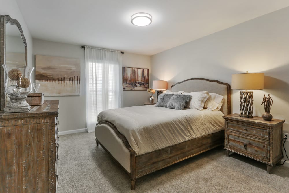 Example bedroom at apartments in New Orleans