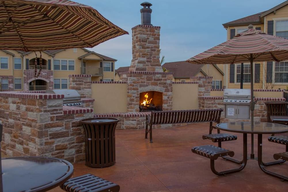 Outdoor patio with grills at Park at Coulter in Amarillo, Texas