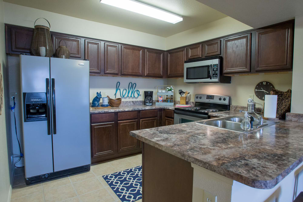 Large, open kitchen at Park at Mission Hills in Broken Arrow, Oklahoma