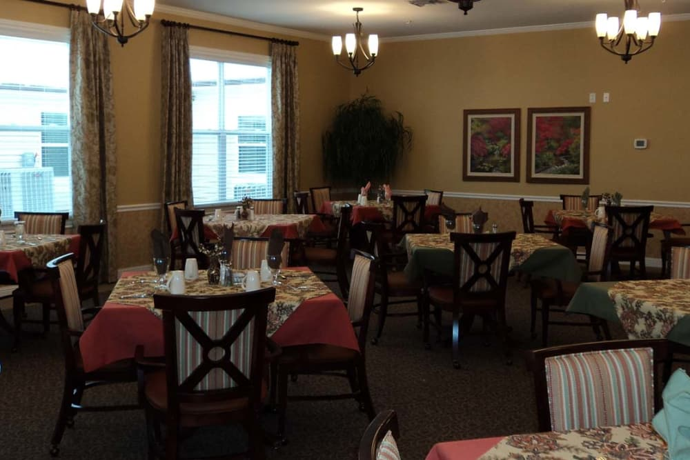 Spacious dining room at Grace Manor Assisted Living in Nashville, Tennessee
