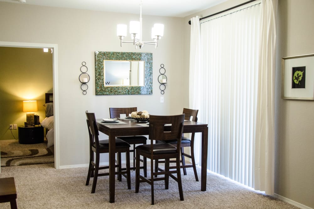 Dining Room at Wildreed Apartments