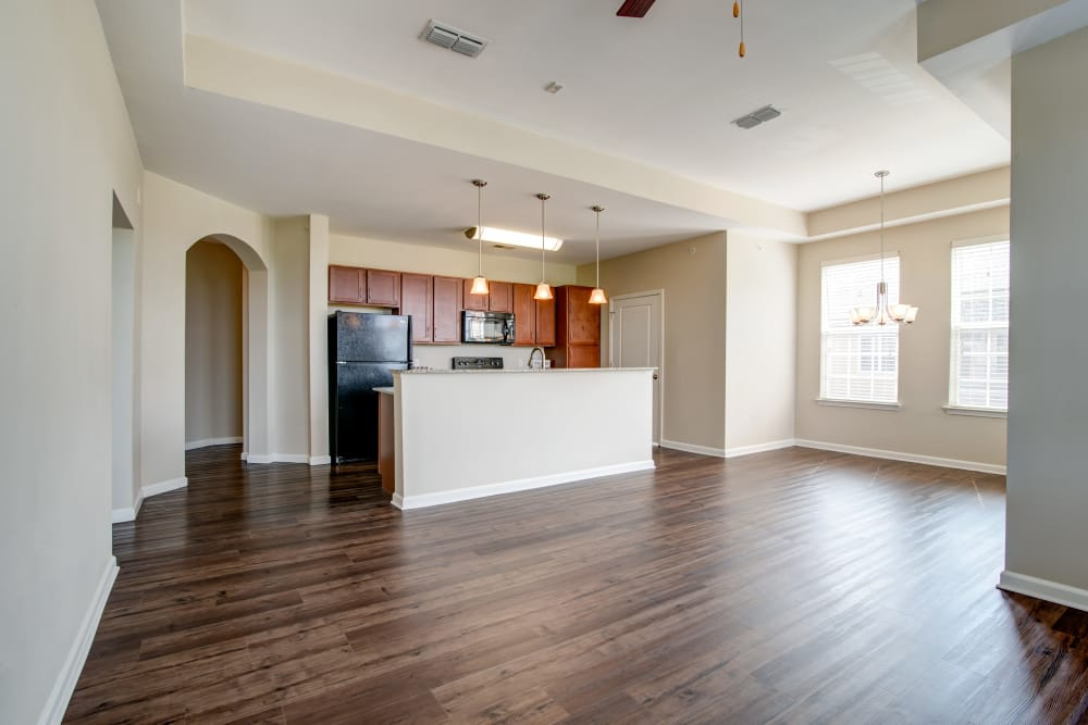 Spacious living room at Cantare at Indian Lake Village in Hendersonville, Tennessee