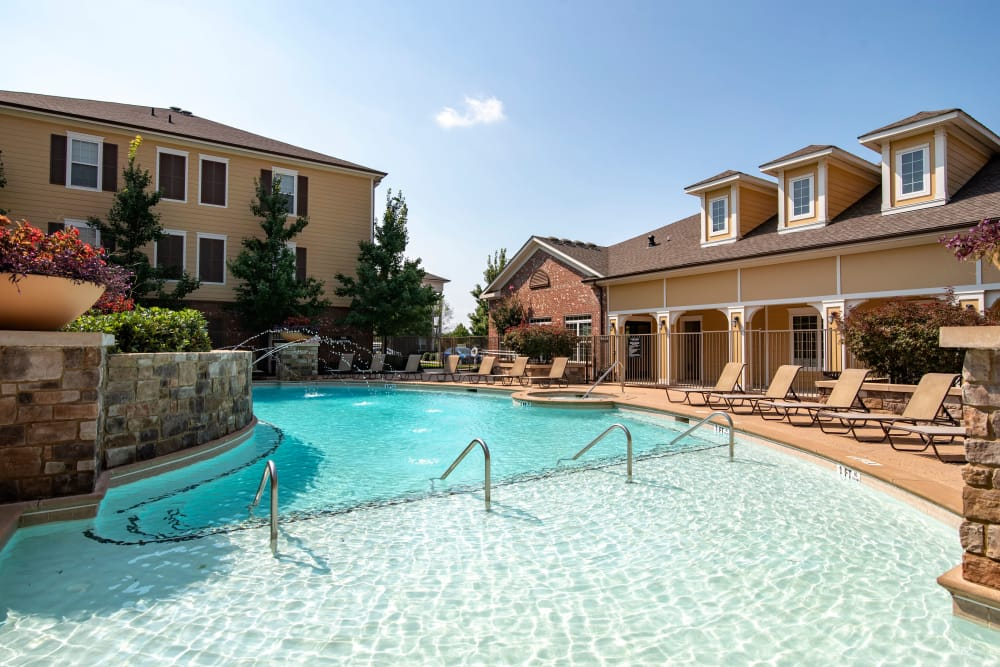 Beautiful swimming pool at Cantare at Indian Lake Village in Hendersonville, Tennessee