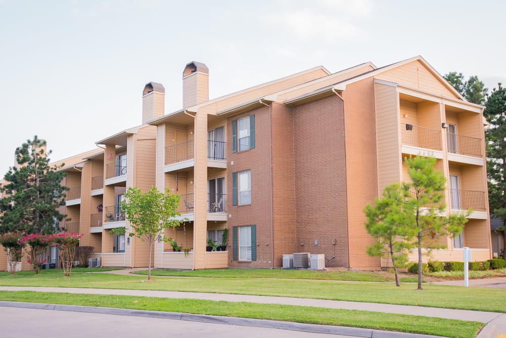 Exterior of apartments at Windsail Apartments in Tulsa, Oklahoma