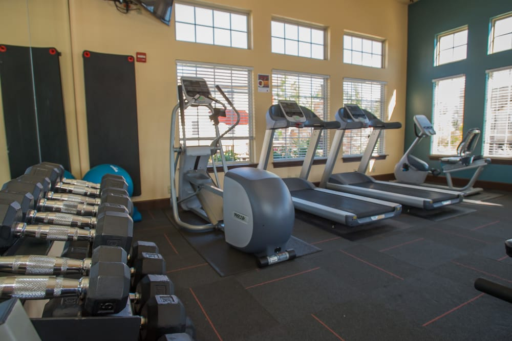 State-of-the-art fitness center at Tuscany Hills at Nickel Creek in Tulsa, Oklahoma