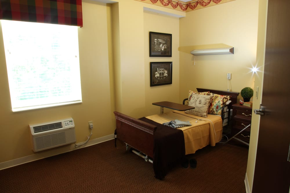 Resident bedroom at The Villages at Historic Silvercrest in New Albany, Indiana
