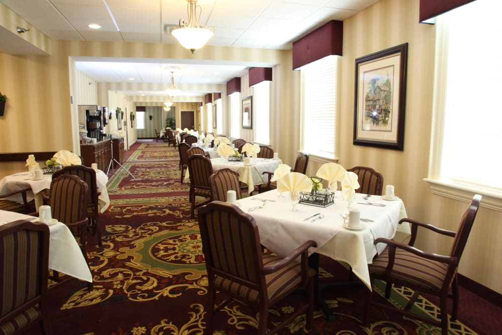 A large dining room at The Villages at Historic Silvercrest in New Albany, Indiana