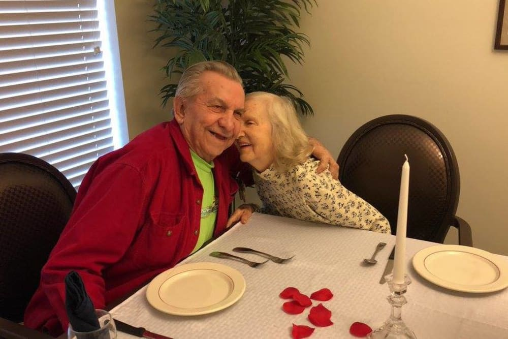 A happy couple posing for a photo in the dining room at lHarrison Springs Health Campus in Corydon, Indiana
