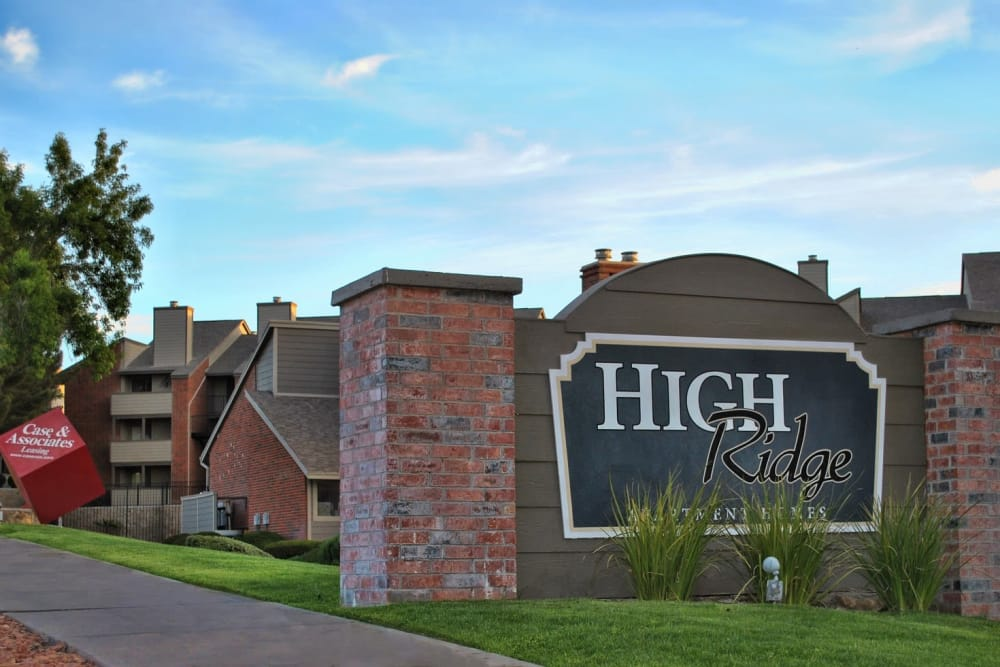 Sign to High Ridge Apartments in El Paso, Texas