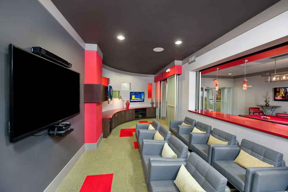 Perimeter Lofts offers a resident movie theater in Charlotte, North Carolina