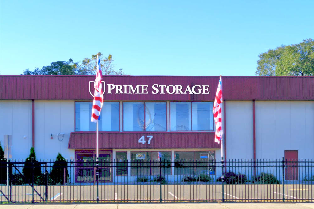 Front view of Prime Storage in Clifton, New Jersey
